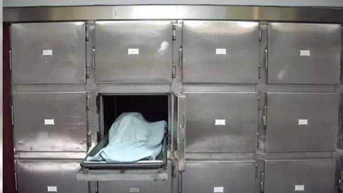 有錢人想要土葬 竟拐他「幫火化」封棺燒成灰