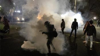 美國非裔男子遭警察槍殺 明尼蘇達州再爆發族裔衝突