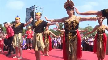 獨/印尼學生展現創意 峇里島祈福舞跳給大甲媽看