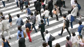 「台北開車不讓行人」 外國旅客恐怖經驗連環爆:根本玩命關頭