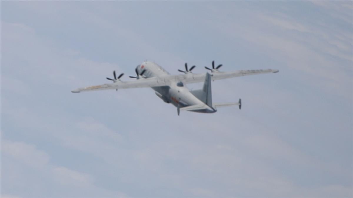 共軍1運8技偵機擾台 空軍防空飛彈追蹤