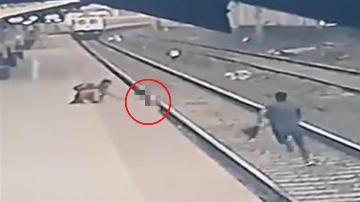 緊牽視障母!男童意外跌月台 車站員工狂奔搶命