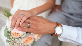 27歲男娶大49歲乾媽當老婆 3年後驚人近況曝光