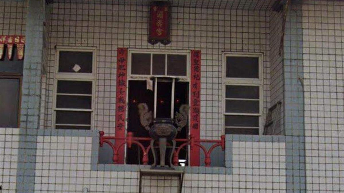 民宅驚見「外掛式天公爐」 網嚇壞:砸中見天公