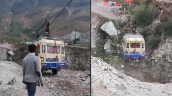 廂型車改裝成纜車 尼泊爾交通問題浮上檯面