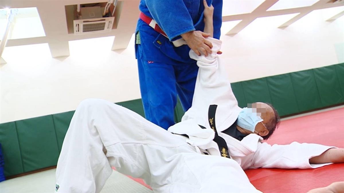 獨/降緩撞擊力道、保護頭 柔道「護身倒法」成保命關鍵