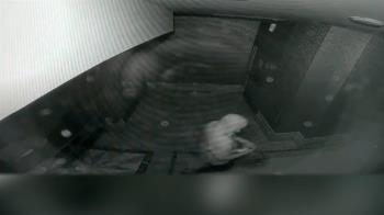 闖KTV包廂竊無線麥克風 提贓物上街遇警心虛遭逮