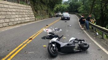 快訊/18歲騎士自摔撞貨車 駕駛伸手想救慘墜山谷