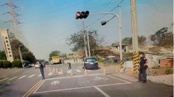 快訊/校門口被公車撞上 台中女高中生搶救不治