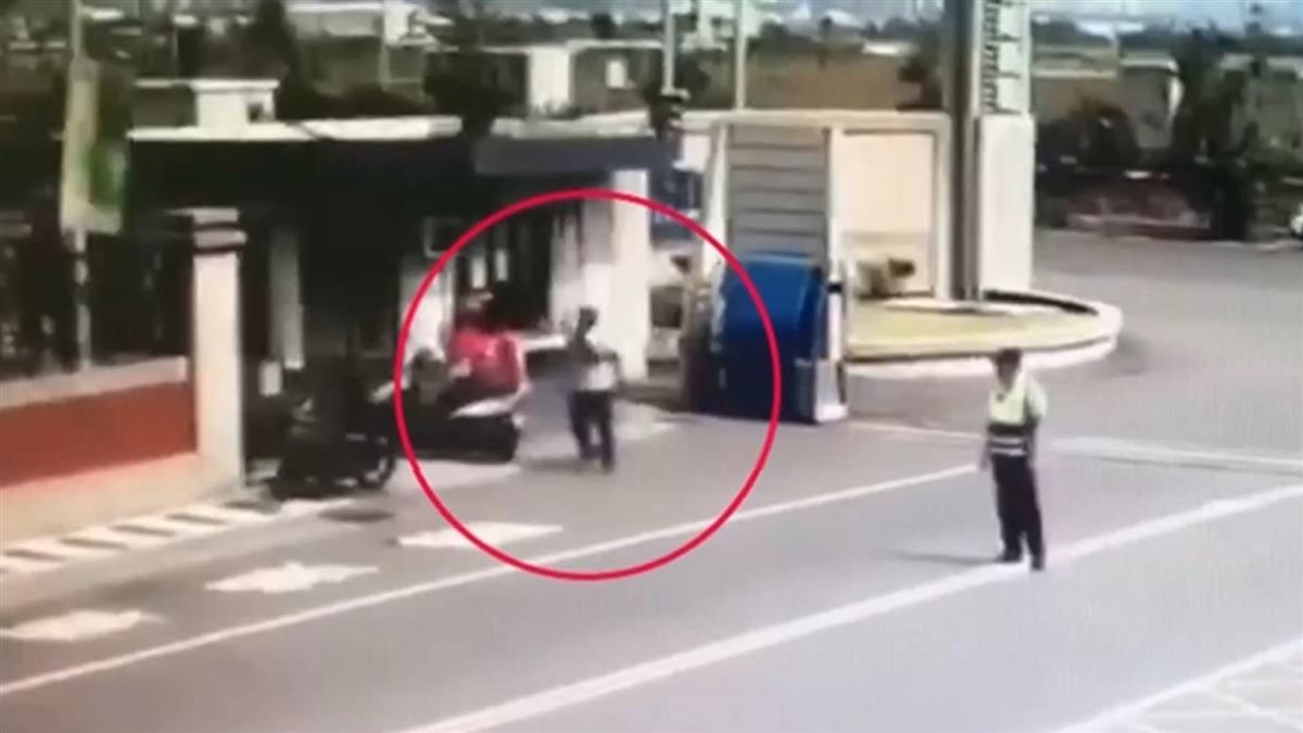 外送員遭保全持鐵棒攻擊 保全:他罵我看門狗