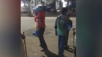 印度尪「扛妻子屍體」走3km下葬 疑確診新冠沒人幫忙