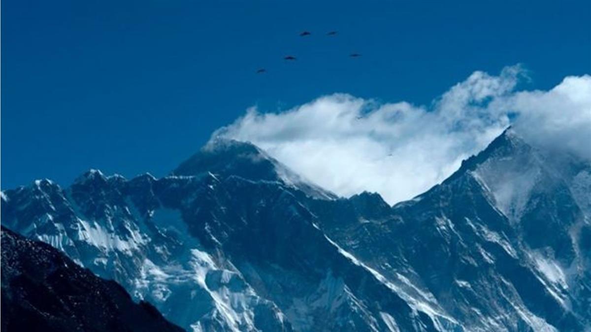 新冠疫情:地球之巔也難倖免,珠峰大本營可能出現大爆發