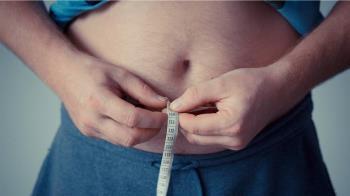 依生理時鐘順勢少吃一餐 5個月激瘦17公斤變型男!
