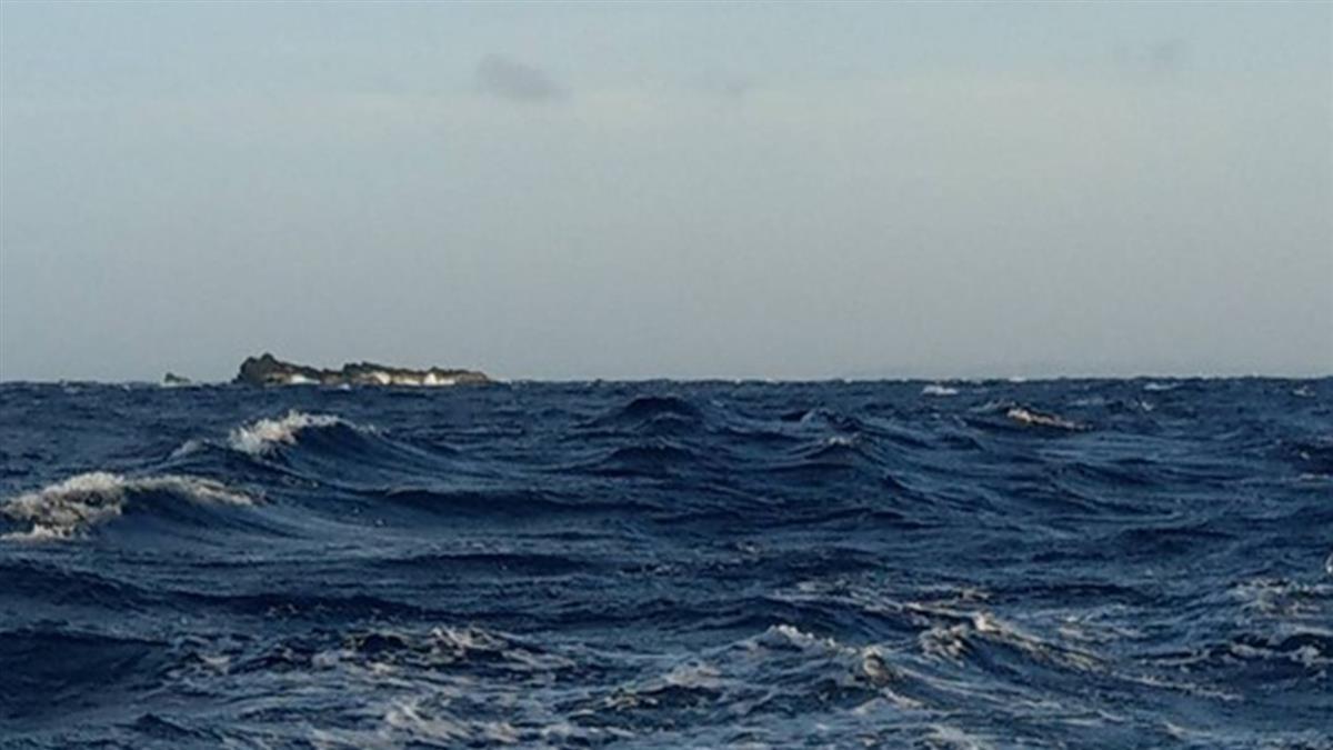 鵝鑾鼻觸礁求救!屏東失聯漁船找到了 船上4人仍消失