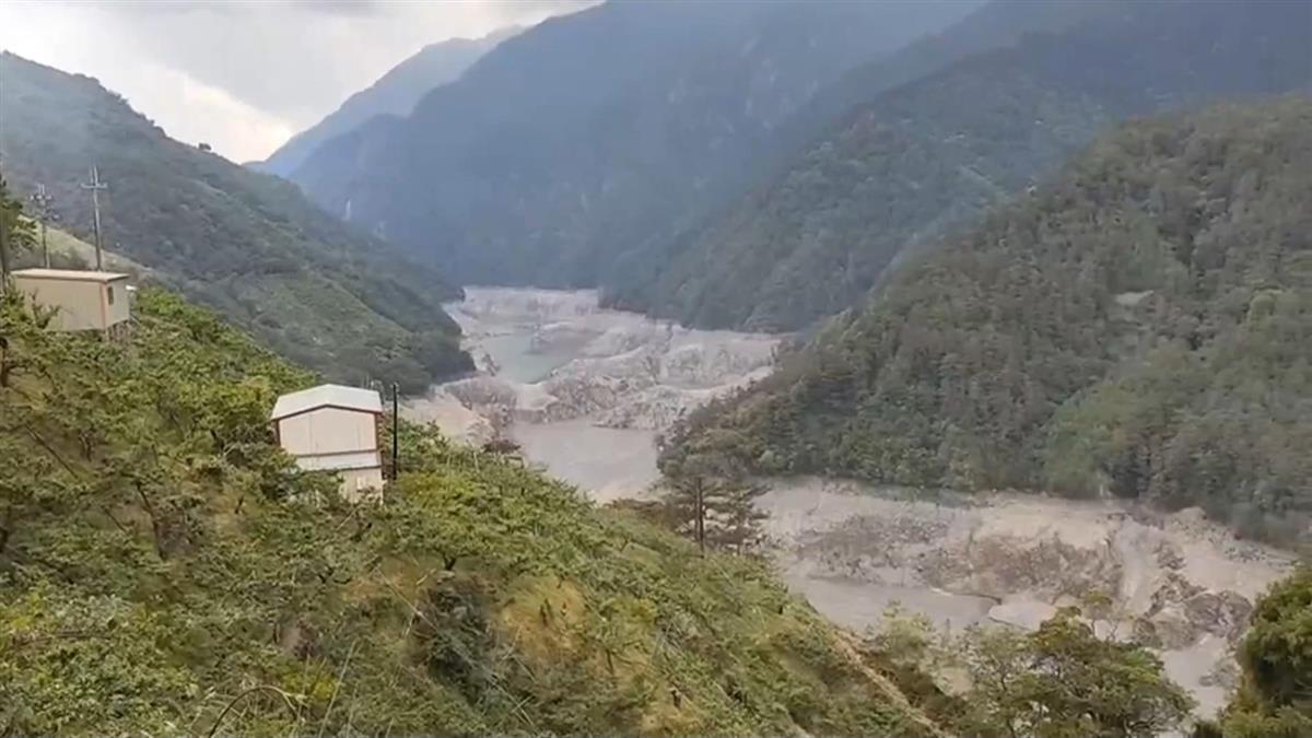 最新畫面曝!德基水庫剩3.2%只能撐15天 砸19億急送水
