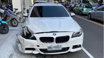 BMW撞保時捷「漏機油肇逃」 害7旬騎士打滑摔車