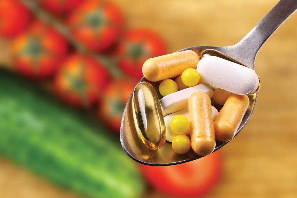保健品百百種,尋找擁有國家認證的產品在生產、製造過程較嚴謹,服用也較安心。