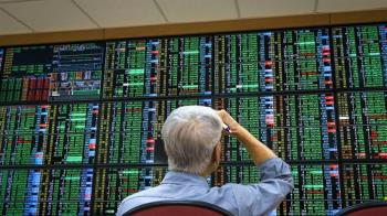 台積電下探561元 台股重挫逾300點
