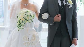 疫情升溫!親妹婚禮3桌親戚取消 親家竟堅持要辦傻眼