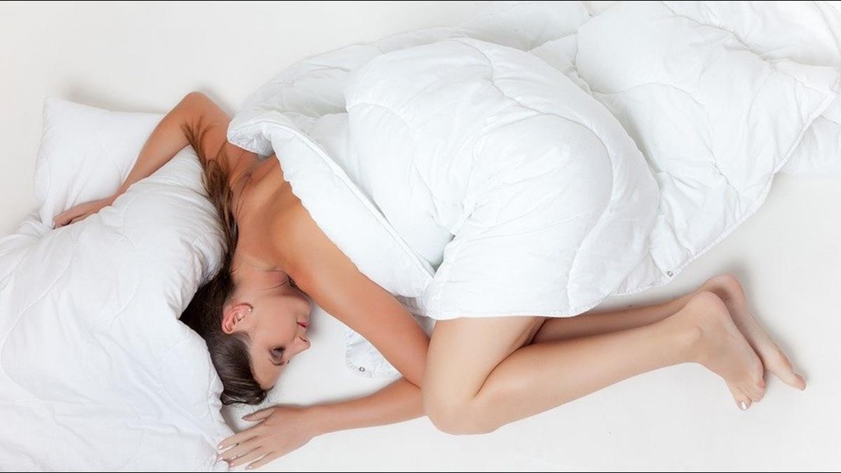 躺著也能賺!這公司釋夢幻職缺  每天午睡爽領4.1萬