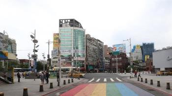 台北3級警戒「連夜逃離」 足跡遍布全台:跟武漢一樣