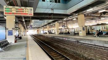 快訊/下班注意!台鐵「基隆=汐止、七堵=四腳亭」電線故障延誤