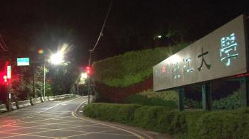 淡江大學教師確診「曾去萬華」 上課一半遭撤出大樓消毒