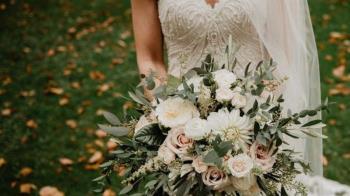 新郎婚禮突失蹤!新娘當場「換新老公」秒嫁現場賓客