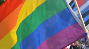 同婚合法24日滿2週年 政院:逾6成民眾支持