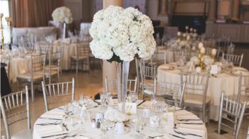 開380桌請客!新人婚禮2度延期 喜酒還沒喝已花20萬