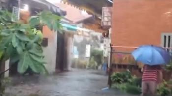 雷雨狂炸中台灣!鹿港天后宮變池塘 老街淹小腿
