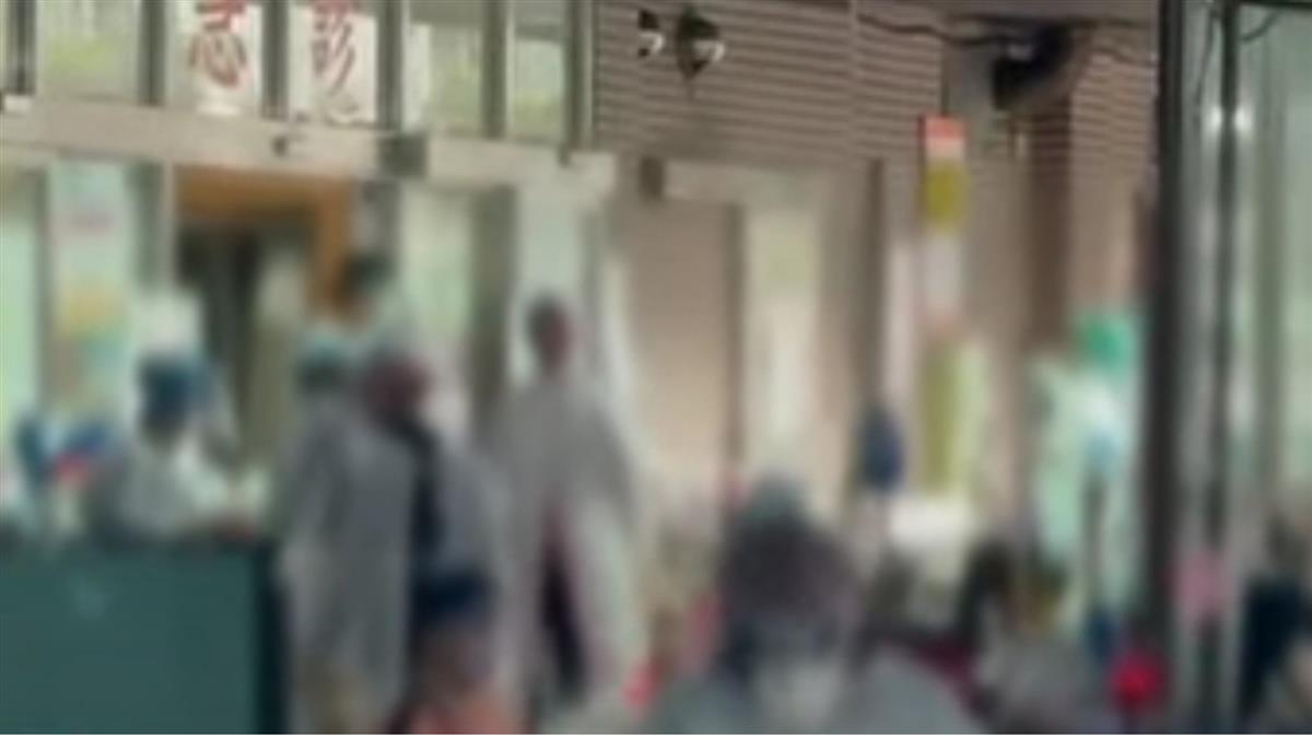 網傳棚帳躺滿病患 台北醫院:等篩檢休息區非病床不足