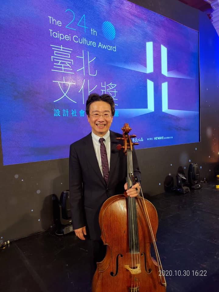 張正傑放棄國外教職機會回國致力於推廣古典樂,幽默的風格受到聽眾歡迎