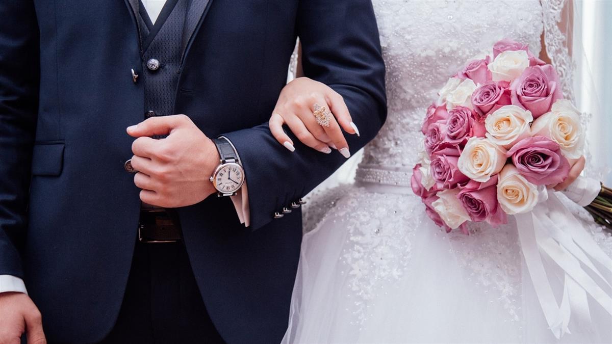婚禮舉行一半!新娘突暈倒身亡 新郎當場「改娶她妹妹」
