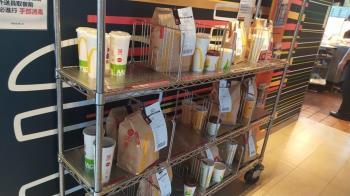 麥當勞餐點堆滿貨架 外送員親揭棄單原因