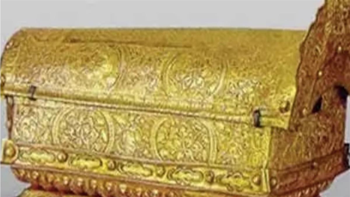 純金棺材出土!12年沒人敢開 考古學家嘆:你看外觀