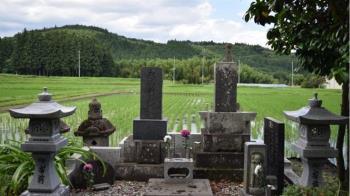 新北女老師公墓和男主任開戰 加碼「隔熱紙」玩超嗨