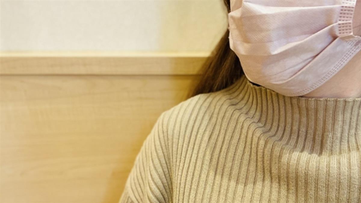 越南移工勸戴口罩 室友不滿狂砍他胸口、手臂後逃逸