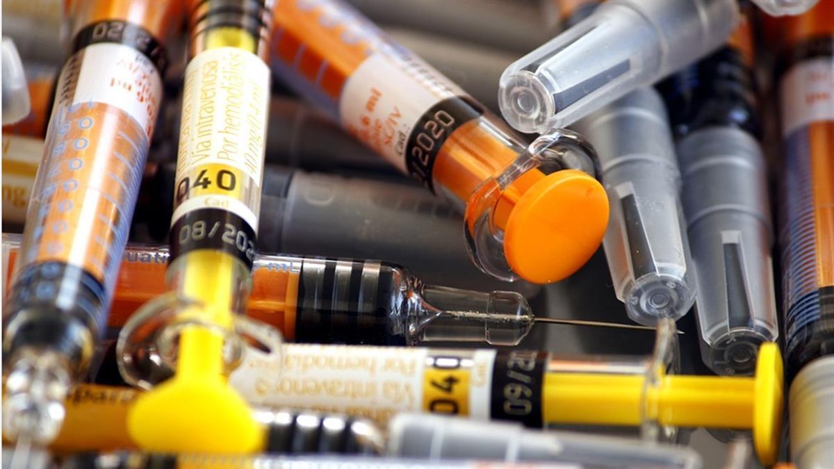 不是權貴也能插隊!南韓開放「殘留疫苗」合法搶打