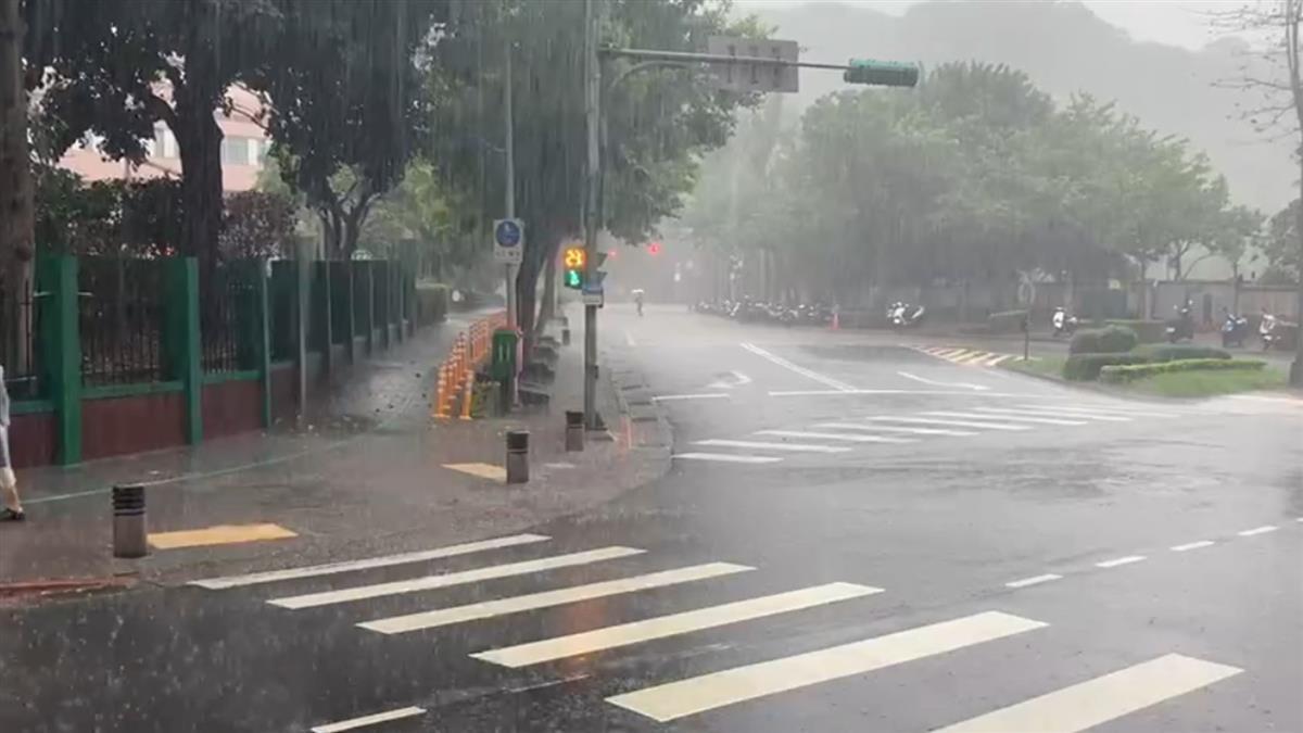 西半部留意午後雷雨  嘉市屏東高溫上看36度