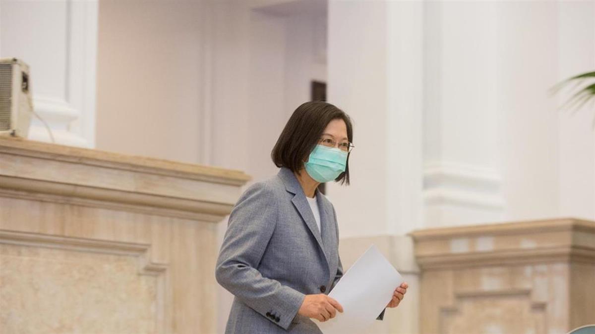 賈永婕募得342台救命神器 蔡英文深夜發文:最深的感謝
