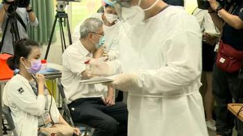 備戰!AZ疫苗15日開放施打 醫療團隊提前演練流程