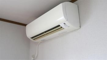 冷氣怎吹最好?電器行曝9大妙招 房間涼快又省電