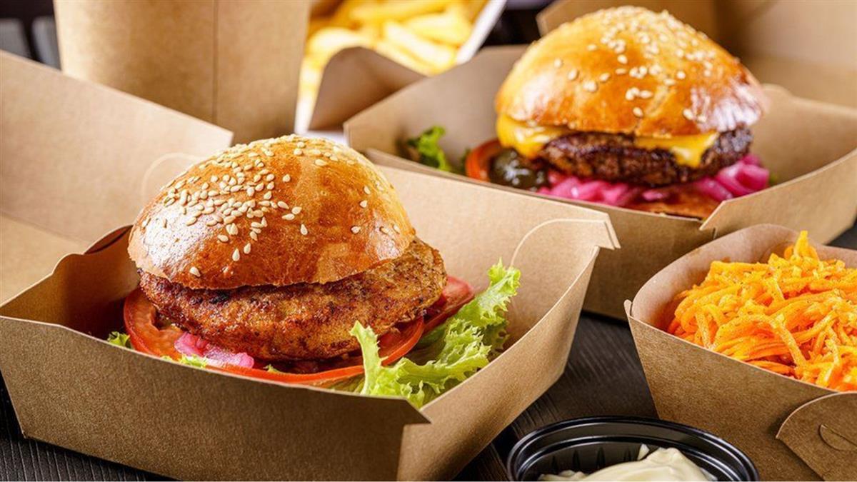 巴基斯坦漢堡店員工拒絶給警察提供免費漢堡後遭拘押