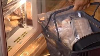 獨/吃到飽火鍋變身生鮮超市 疫情求生「成本價出售」