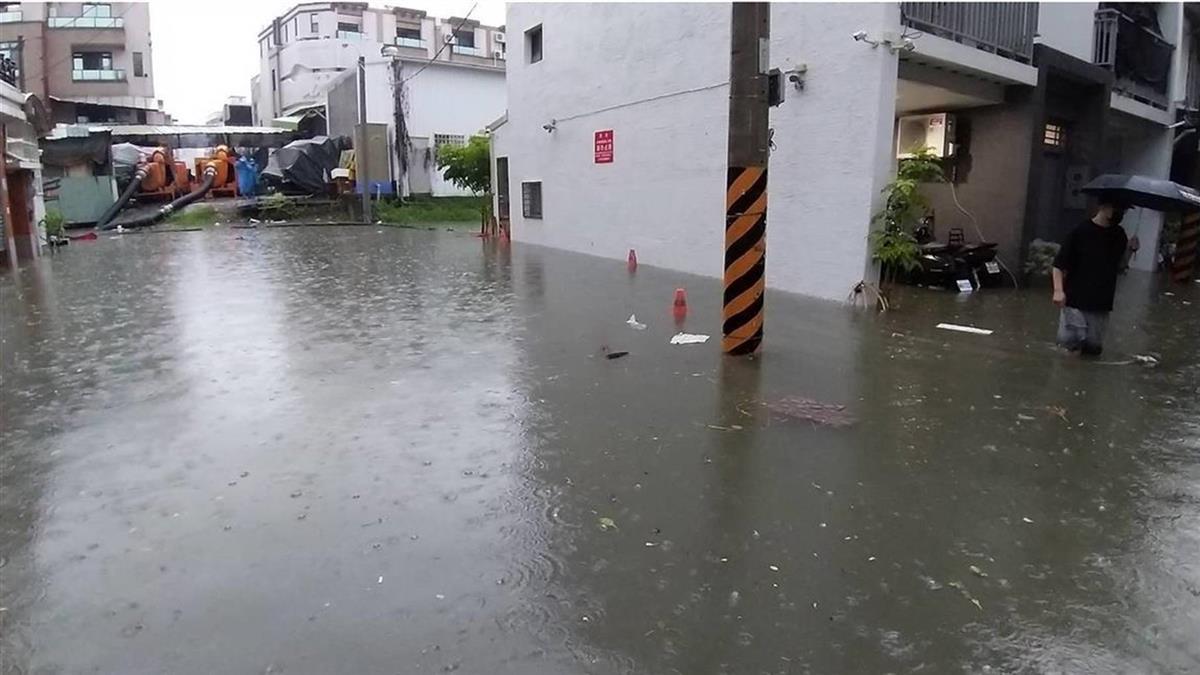 彰投雨量破300毫米 氣象局啟動大規模豪雨預報