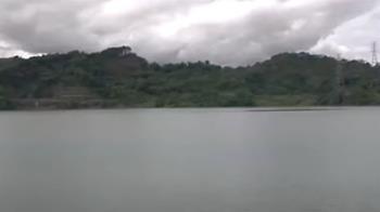 史上第三度!雲林湖山滿水位 溢流美景再現