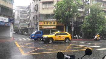 3縣市大雷雨開炸!準烟花颱風靠近中 越晚雨越大