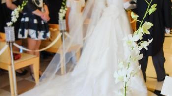 相戀21年!癌末夫「婚禮上當場斷氣」 新娘目睹慘狀崩潰