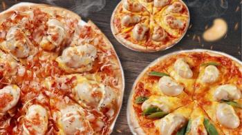香菜皮蛋豬血糕披薩不夠看 他們推「雞佛披薩」網嚇瘋